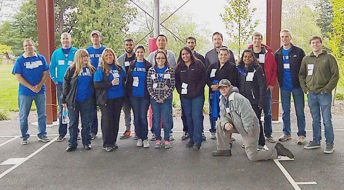 Day-of-Caring-group-photo_1199x663_b